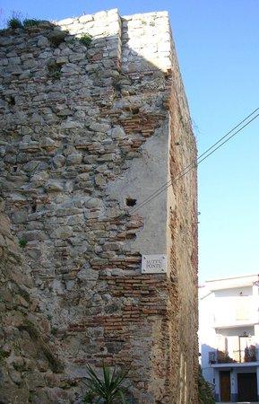 Province of Crotone, Włochy: Castello di Crucoli