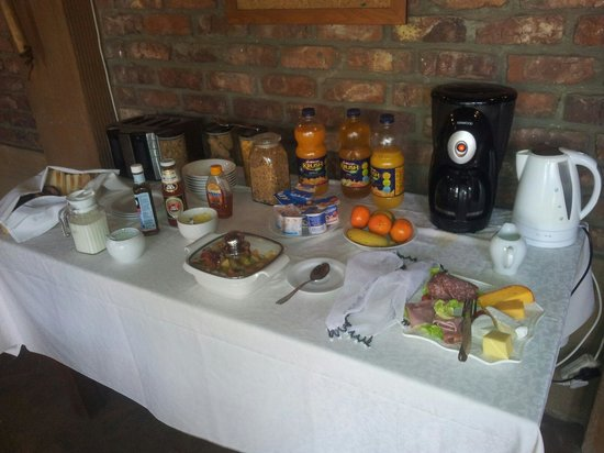 Treetops Guesthouse: colazione
