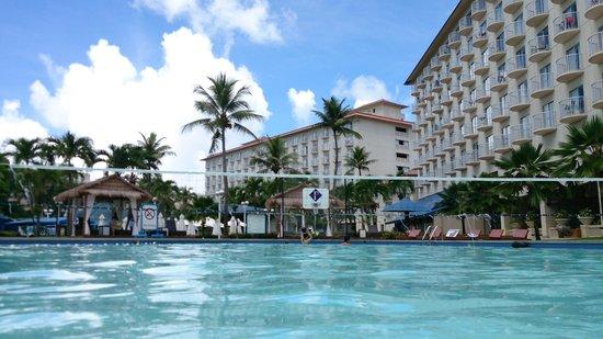 Fiesta Resort & Spa Saipan: プールは普通でした