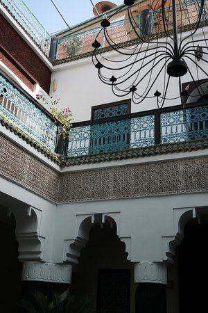 Riad El Mansour: The view from downstairs