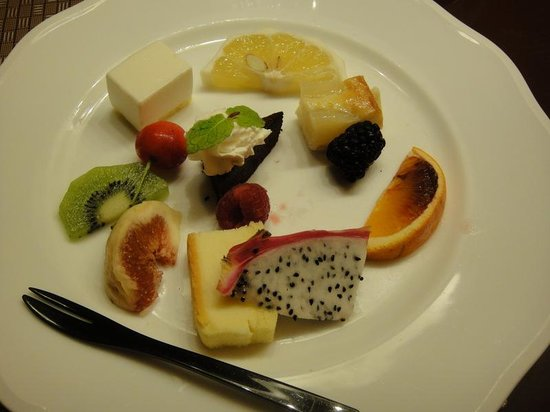 Dogo Prince Hotel : デザートも素敵