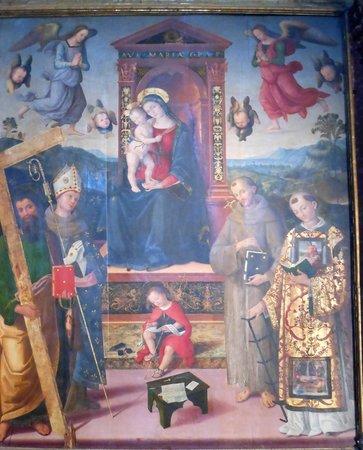 Chiesa di Sant'Andrea: madonna con santi-pinturicchio
