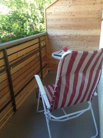 Hilburger: Balcony