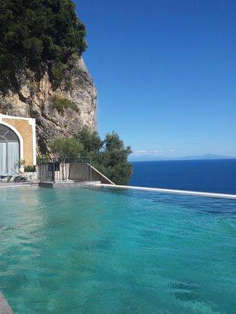NH Collection Grand Hotel Convento di Amalfi: pool area