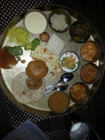 Dadi Dining Hall