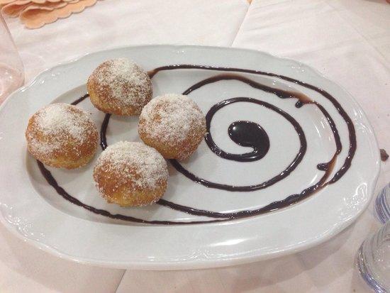 Grande Albergo Abruzzo: Dessert fatto in casa buonissimo.