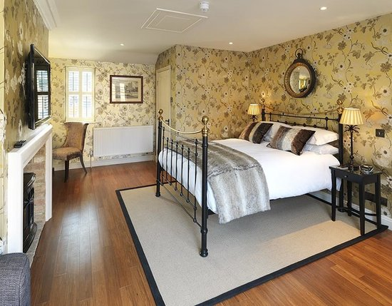 The Crown Inn: Our Burghley Room