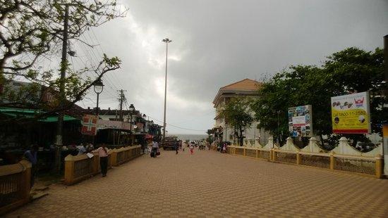 Calangute Beach: Way to beach