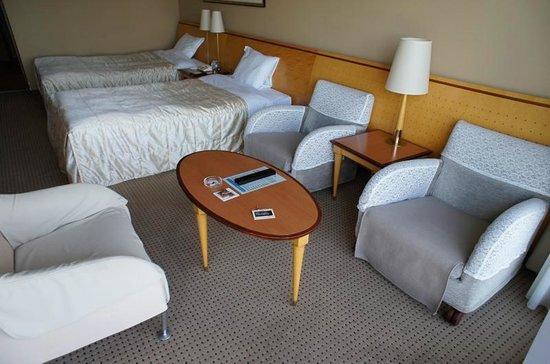Biwako Hotel : 室内、かなり広いです。