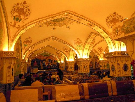 Bastani: Uno dei saloni