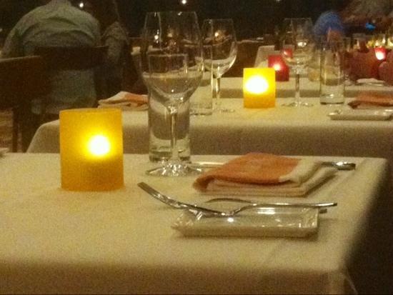 California Grill: table settings