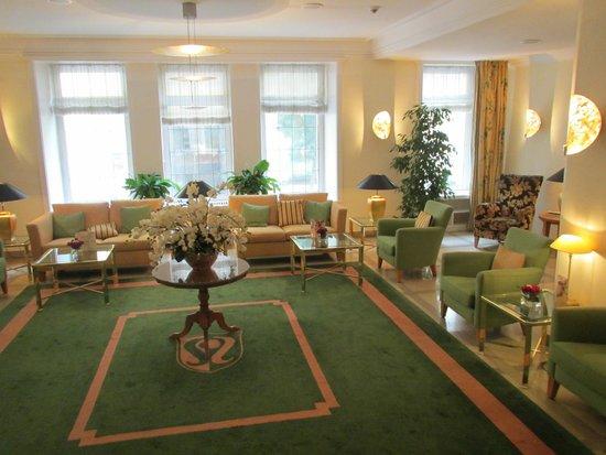 Hotel Reutemann und Seegarten: Hotel Seegarten-Lobby