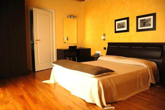 Hotel Fontana Santa