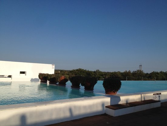 Ecorkhotel-Evora Suites & Spa: Piscina Exterior