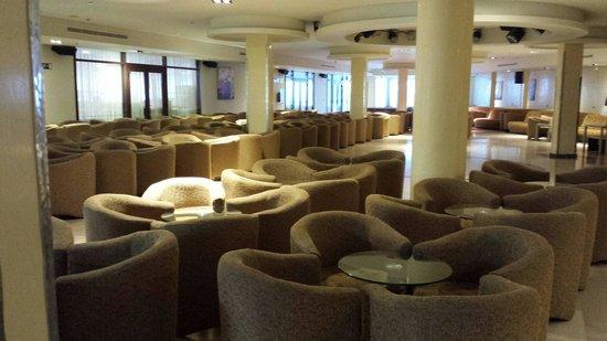 Sandos Monaco Beach Hotel & Spa: Salón metropol