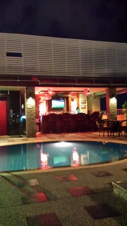 Patong Hemingway's Hotel : PoolBar