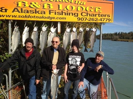 Alaska Fishing Lodge - Soldotna Bed and Breakfast Lodge: Catching the limit and a great place to come back to.