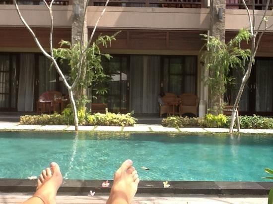 The Astari - Villa and Residence : piscine en face de notre chambre