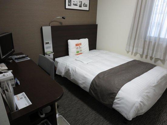 Comfort Hotel Sendai West : ビジネスホテルとしては標準的か若干広めくらいです