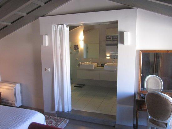 Rimondi Boutique Hotel: View of the master suite
