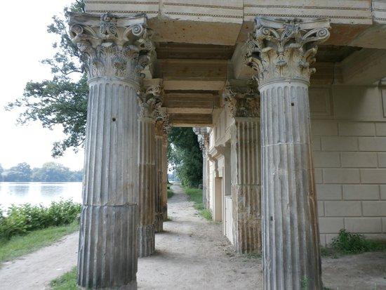 Marmorpalais : Ruins