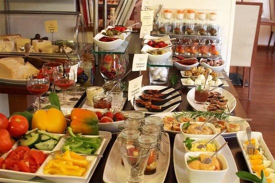 Hotel Rosenvilla: Frühstücksbüffet1