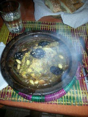 Restaurant Ramsess : tajine de veau aux pruneaux