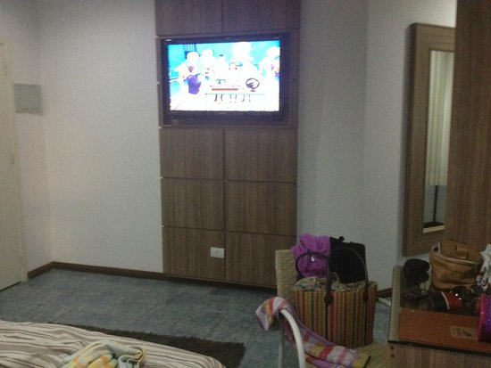 Salvetti Praia Hotel: tv lcd em todos os quartos e wi-fi também.
