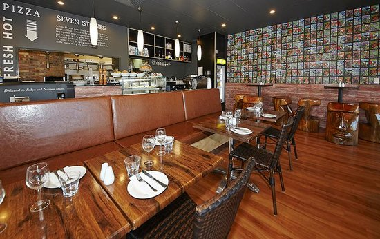Seven Stones Restaurant