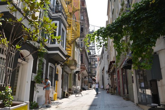 Dila Suites: Balik street