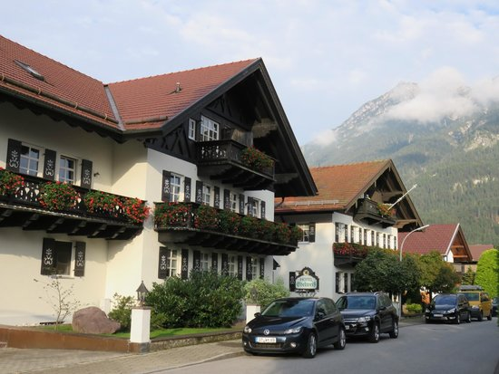 Hotel Edelweiss: Charming