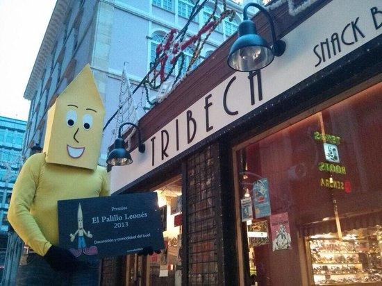 Decoracion del patio: fotografía de tribeca snack bar, león ...