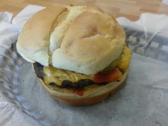 Oakley's Grille: The  Best Hamburger!