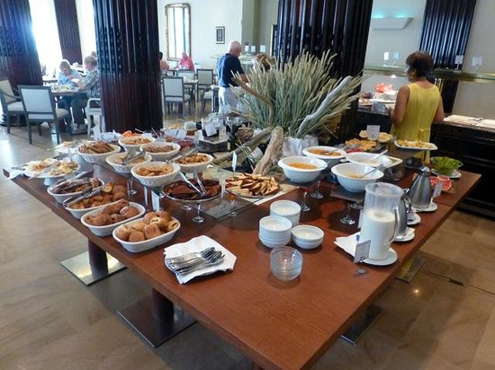 "Mayor Mon Repos Palace 'Art Hotel"": Breakfast buffet"