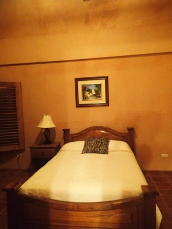 La Villa de Soledad B&B: Very nice, clean, comfortable bedroom