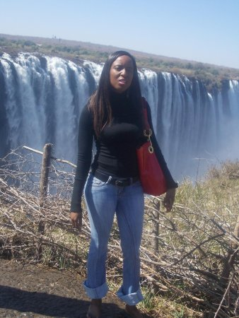 Mosi-oa-Tunya / Victoria Falls National Park: heading to the boiling point