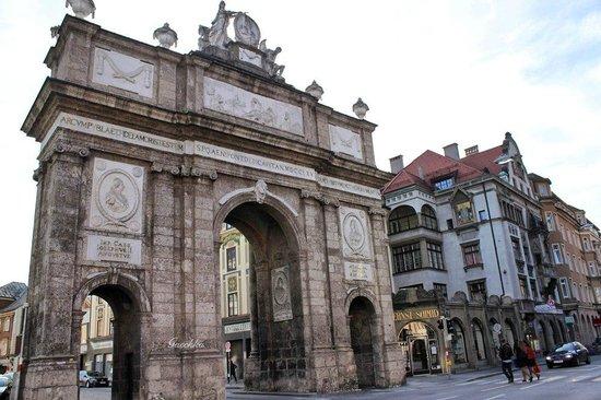 Triumphal Arch (Triumphpforte) : Триумфальные Ворота
