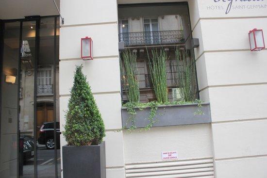 Hotel Signature St Germain des Prés : Street