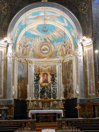 Camerino, Italy: interno,veduta d'insieme