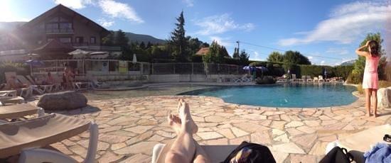 Résidence hôtelière spa les chataigniers : piscine