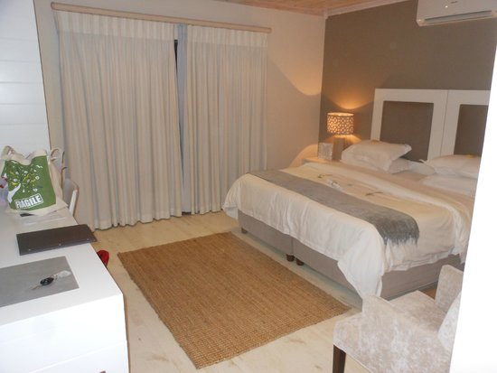 The Robberg Beach Lodge : our room