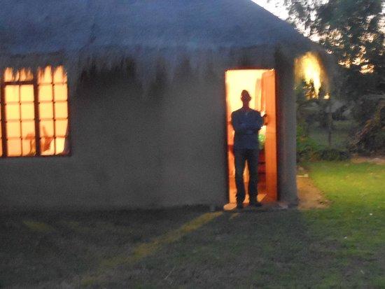 Chrislin African Lodge: dusk