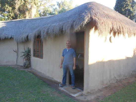 Chrislin African Lodge: outside of room
