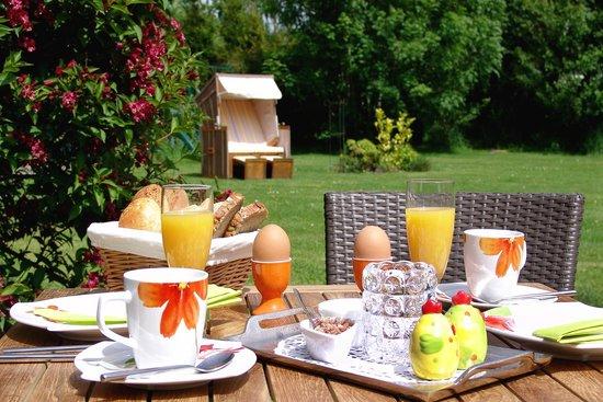 Uttum, Alemania: Frühstück