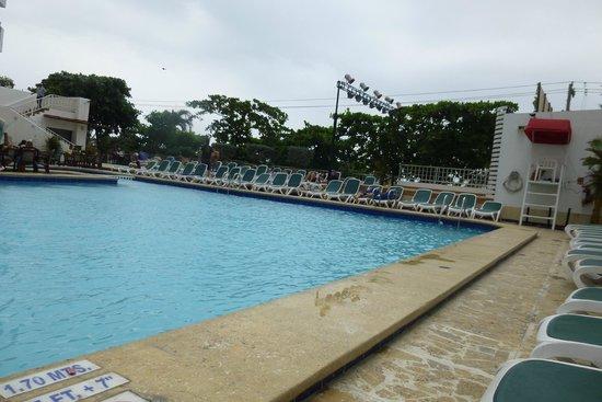 Decameron Cartagena: piscina
