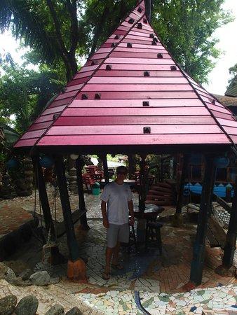 Nightland Cabins at JadeSeahorse: Fun Gazebo
