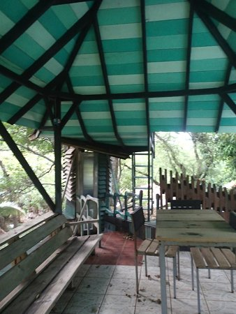 Nightland Cabins at JadeSeahorse: View up to the covered balcony