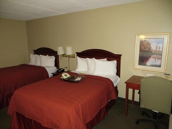 Quality Inn: Room 256