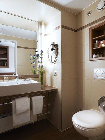 Platzl Hotel: Badezimmer Einzelzimmer / Bathroom Singleroom