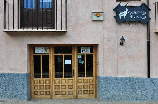 Restaurante Pizzeria Mesón del Gallo: Cafetería.